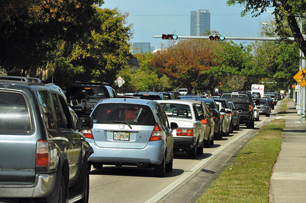 Miami-Dade to get 300 smart traffic signals quickly