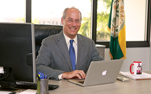 Dan Gelber: New Mayor seeks to brand Miami Beach a cultural hub