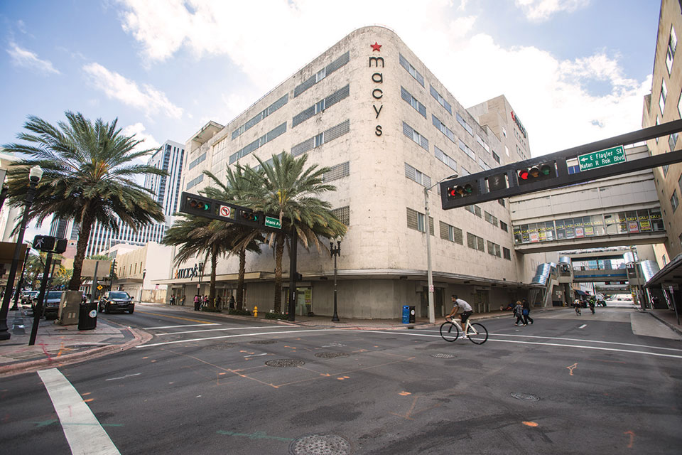 Macy's on Flagler Street to get 50-story towers on either side
