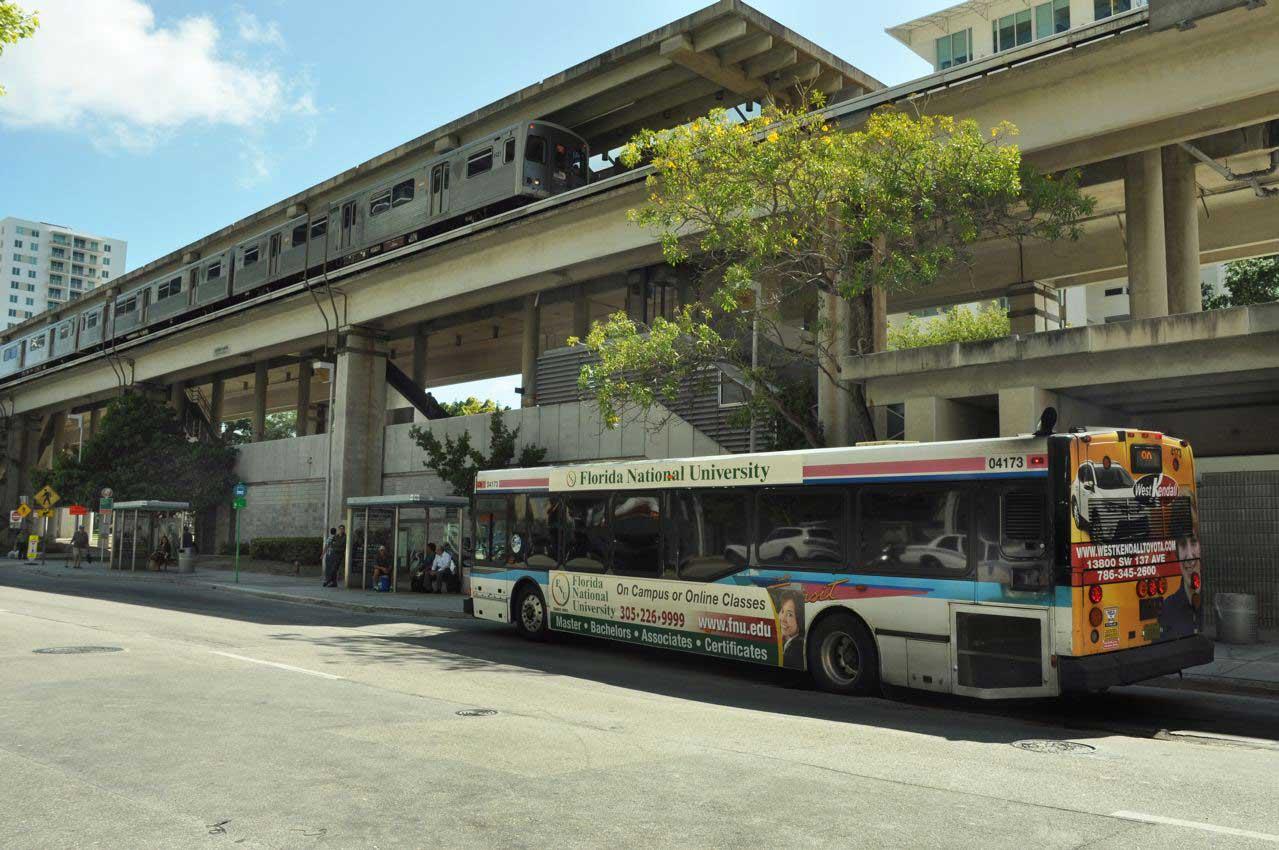 25% of Miami-Dade buses run free because fare boxes broken