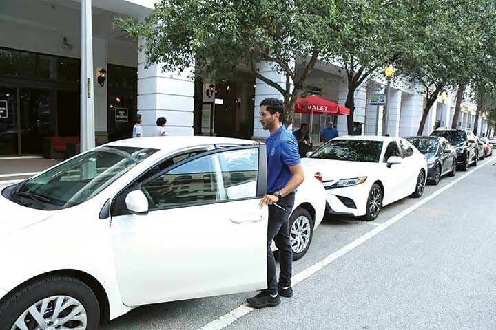 Coral Gables sees $325,000 income from centralized valet service