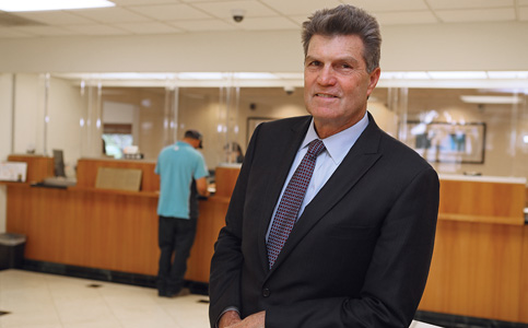 Lloyd DeVaux: President and CEO expands business at Sunstate Bank