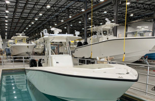 SeaVee Boats build new factory at right