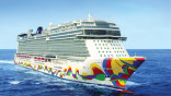 Port-bound cruise industry looks at overseas sailings