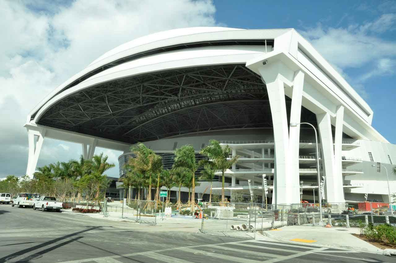 Marlins, county to arbitrate ballpark costs