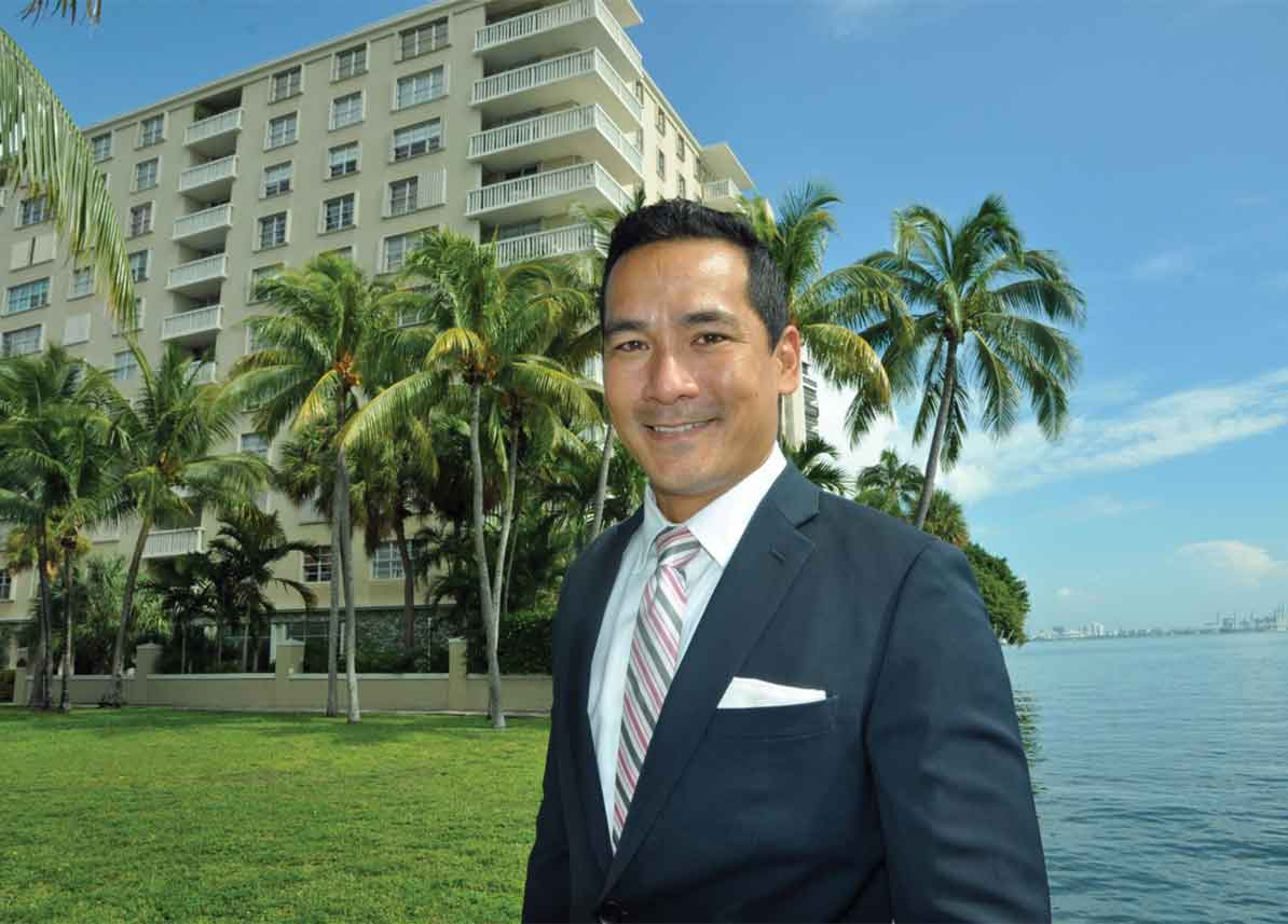 Brokers assemble condos for new projects