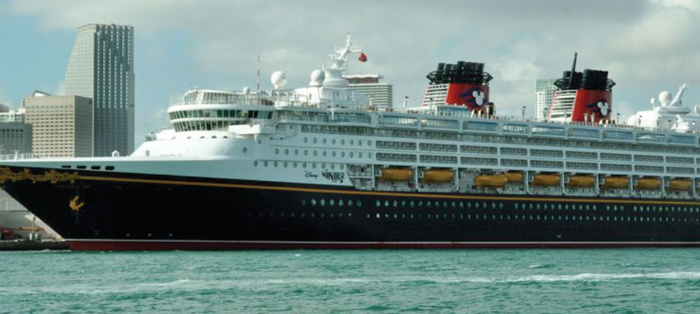 Port bonanza in extended cruise contracts