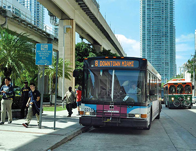 p6-brickell-bus-and-trolley