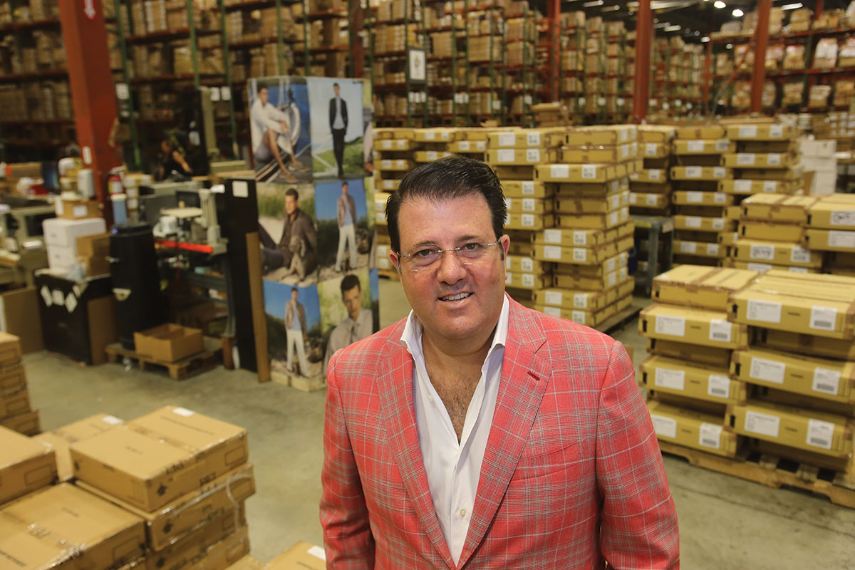 Oscar Feldenkreis: Melds fashion, marketing strength to guide Perry Ellis