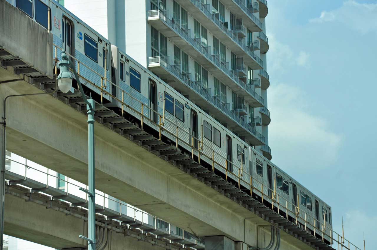 Test track two years late for 132 Metrorail cars