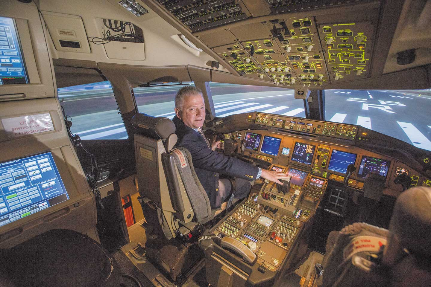 Flight training centers around Miami International Airport lure thousands