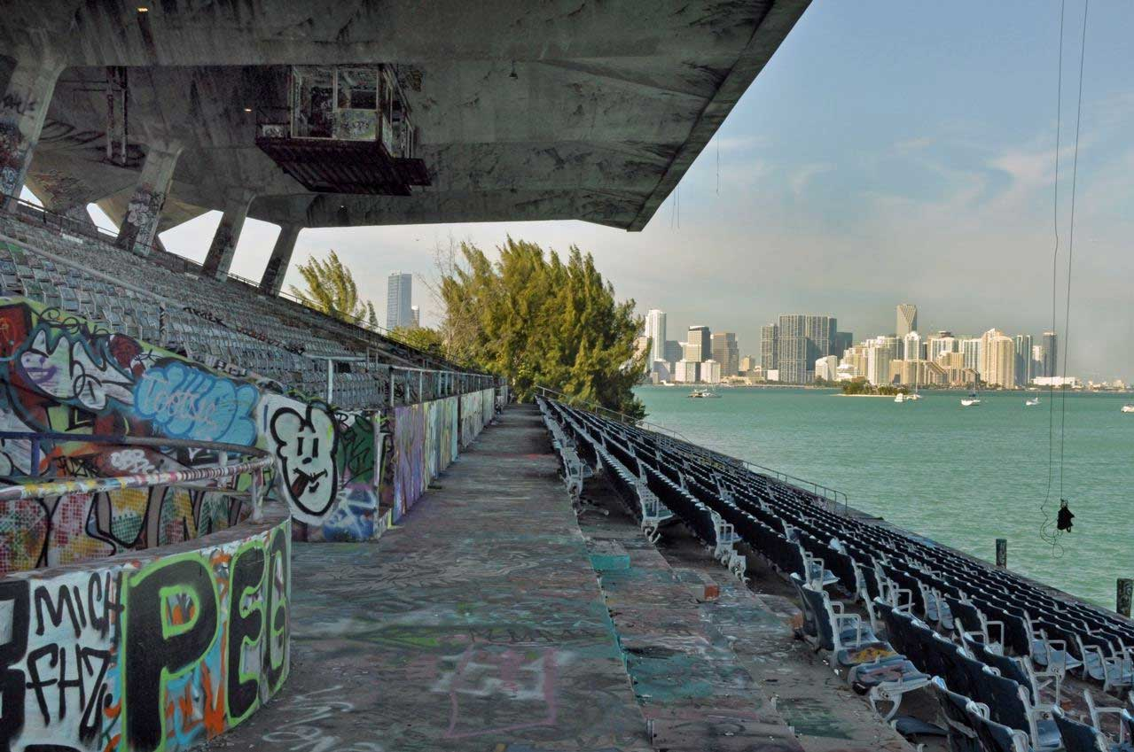 Mayor's swan song a paean to Miami Marine Stadium