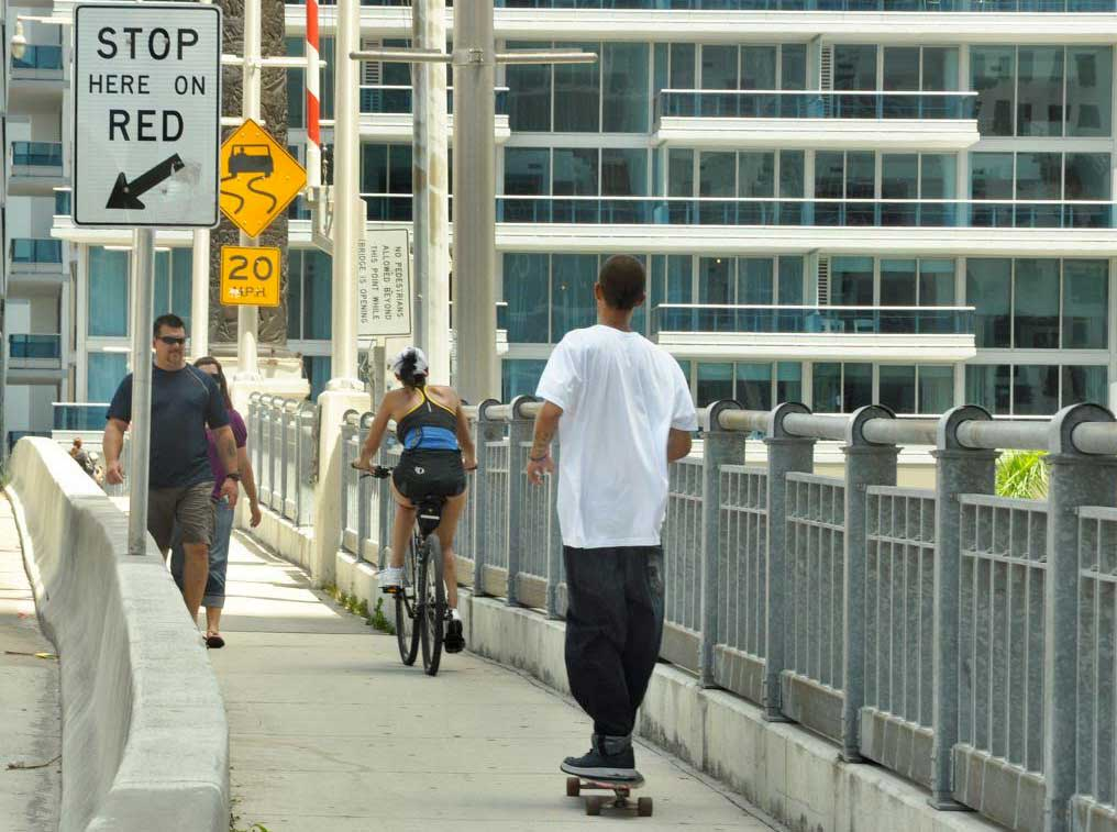 Solutions offered to Brickell Bridge traffic woes