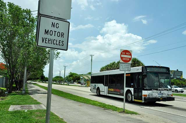 Rubber-tire travel for South Dade Transitway gains traction
