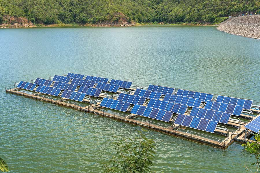 Solar power plants may sit atop Miami-Dade County lakes