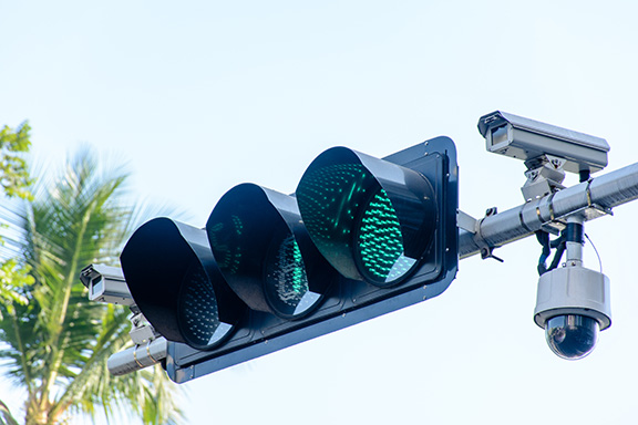 Red light cameras cited for unfair targeting