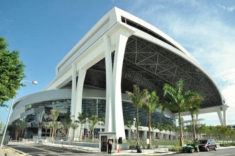 City looks at settling suit on Miami Marlins sale $1 billion profit
